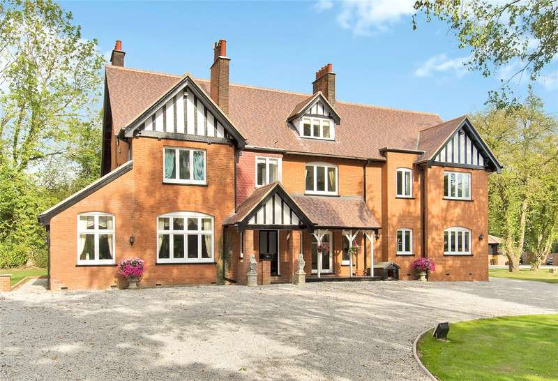 6 Bedrooms Detached House for sale in Braughing Friars, Ware, Hertfordshire, SG11
