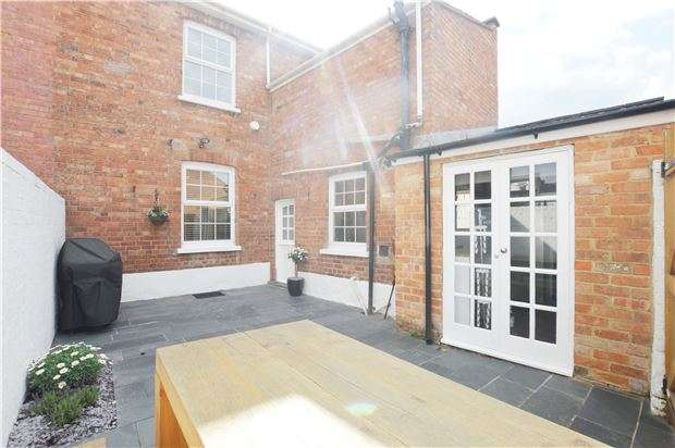 4 Bedrooms End Of Terrace House for sale in Fairview Road, CHELTENHAM, Gloucestershire, GL52 2ER