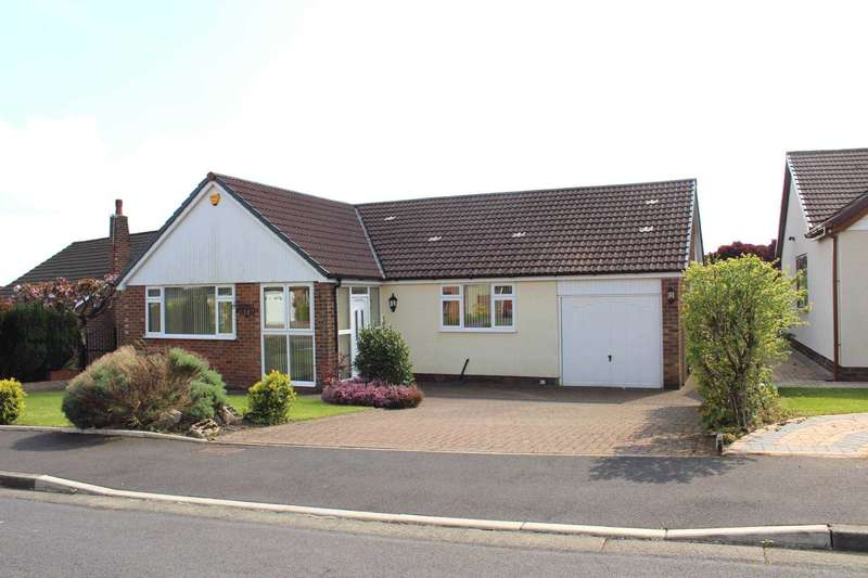 3 Bedrooms Detached Bungalow for sale in Lindale Avenue, Heaton