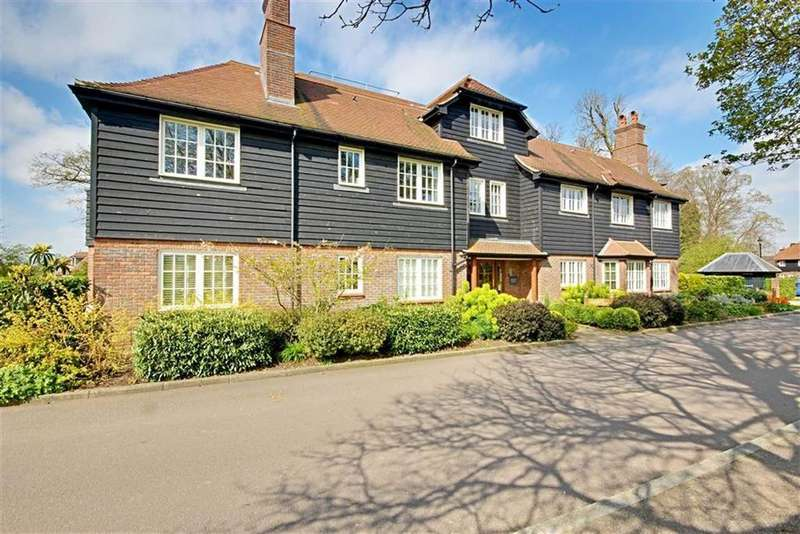 1 Bedroom Apartment Flat for sale in East Wood, Aldenham, Herts