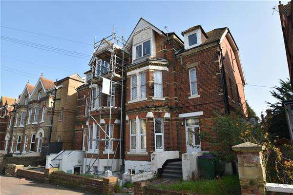 1 Bedroom Flat for sale in Christ Church Road, Folkestone