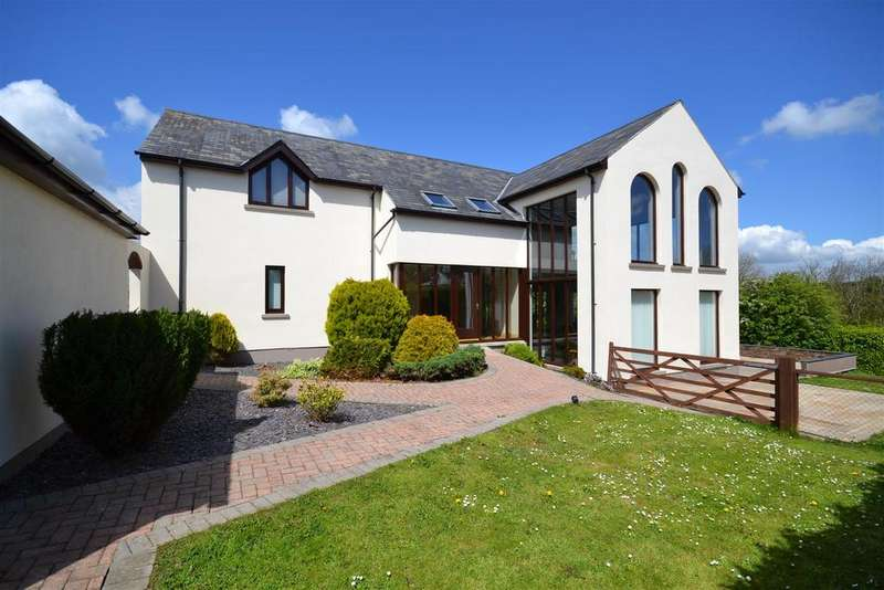 5 Bedrooms Detached House for sale in Burton