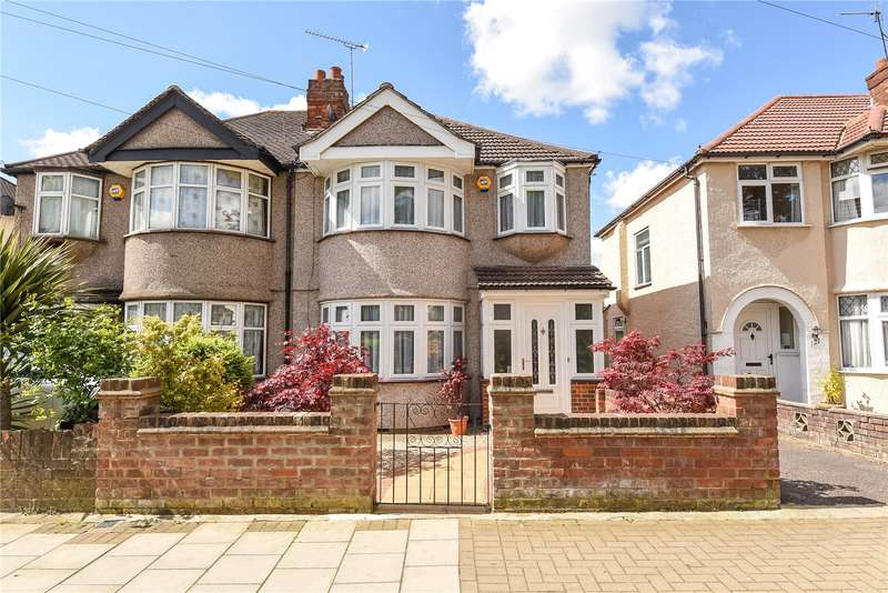 3 Bedrooms Semi Detached House for sale in Carlyon Avenue, Harrow, Middlesex, HA2