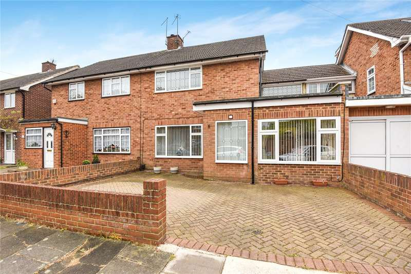 4 Bedrooms Semi Detached House for sale in Keats Way, West Drayton, Middlesex, UB7