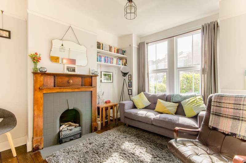 3 Bedrooms House for sale in Brunswick Crescent, New Southgate, N11