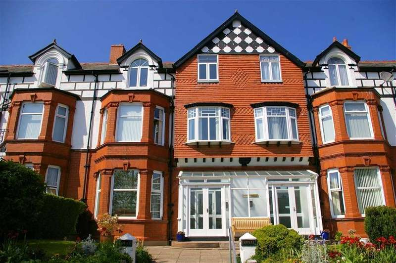 2 Bedrooms Apartment Flat for sale in Whitehall Road, Rhos On Sea, Colwyn Bay