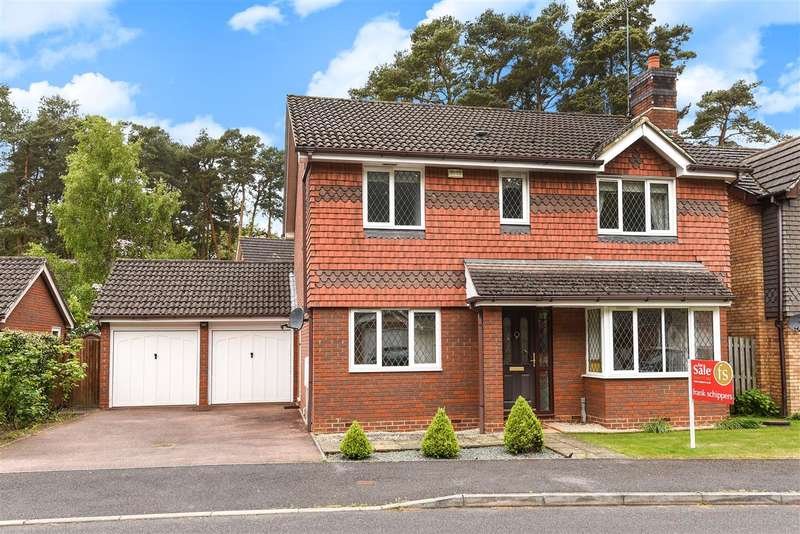 4 Bedrooms Detached House for sale in Lupin Ride, Kings Copse, Crowthorne