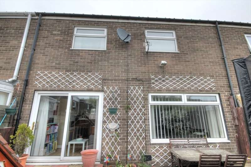 3 Bedrooms Property for sale in Longhirst, West Denton, Newcastle Upon Tyne, NE5