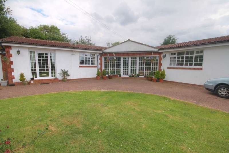 1 Bedroom Detached Bungalow for sale in North Road, Hetton-Le-Hole, Houghton Le Spring, DH5