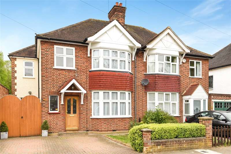 4 Bedrooms Semi Detached House for sale in Gade Avenue, Watford, Hertfordshire, WD18