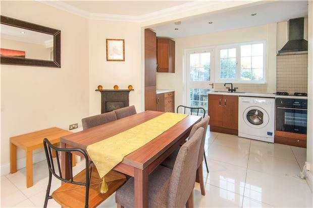 2 Bedrooms Terraced House for sale in Roe Lane, KINGSBURY, NW9 9BJ