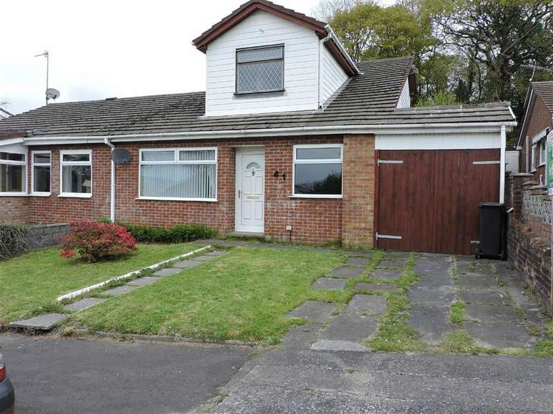 3 Bedrooms Semi Detached House for sale in Tyn Y Cae, Alltwen