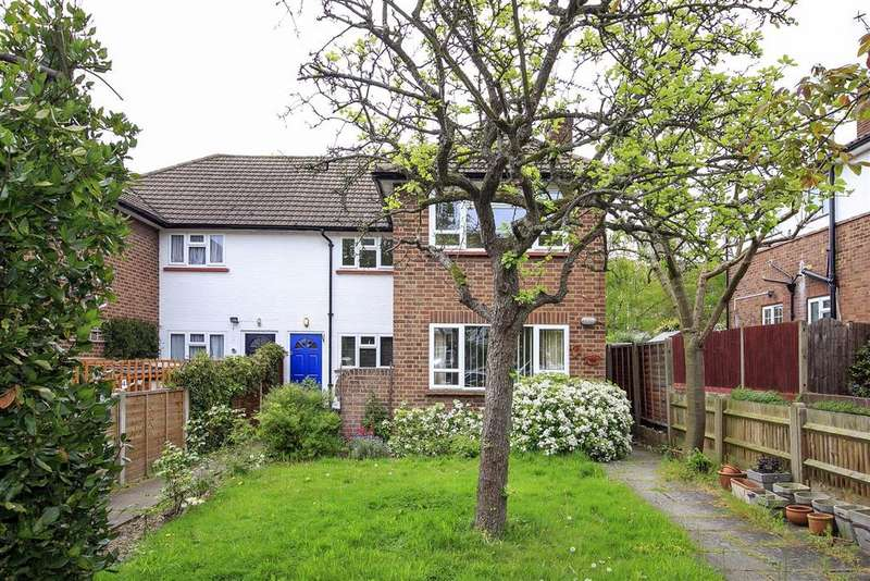 2 Bedrooms Maisonette Flat for sale in Manor Road, Twickenham