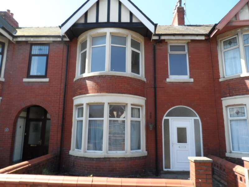 3 Bedrooms Property for sale in 41, Blackpool, FY1 5HR