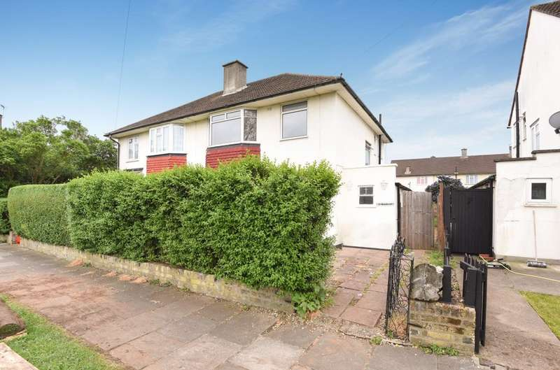 3 Bedrooms Semi Detached House for sale in Woodcroft, London