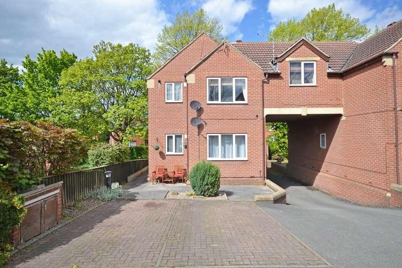 1 Bedroom Flat for sale in Park Lodge Lane, Wakefield, WF1 4QA