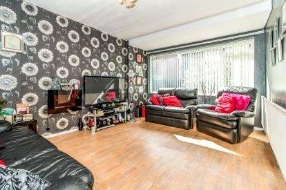 3 Bedrooms Terraced House for sale in Rakehead Walk, Manchester, Greater Manchester, Hulme