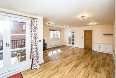 5 Bedrooms Flat for rent in The Minories, Warstone Lane