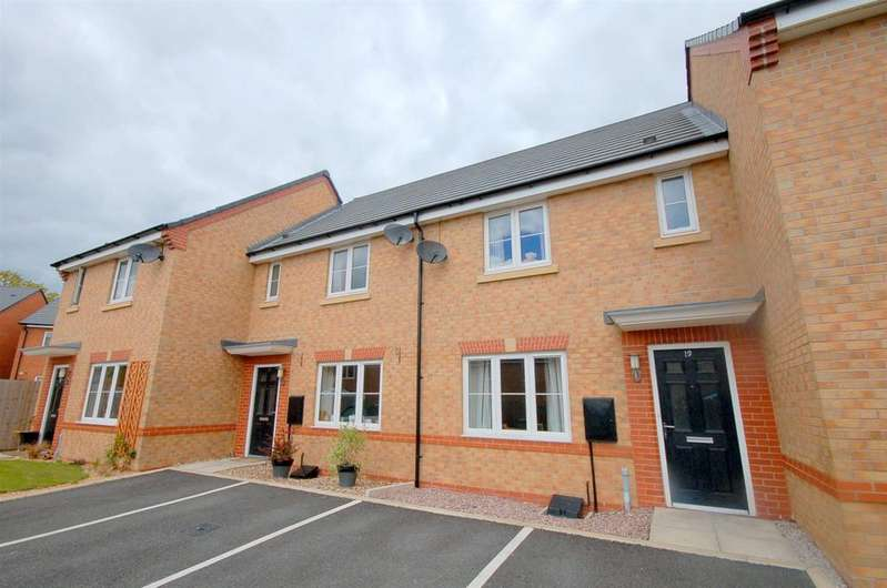3 Bedrooms Mews House for sale in Goss Place, Alsager