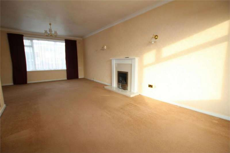 3 Bedrooms Semi Detached House for sale in Coltman Avenue, Beverley, East Riding of Yorkshire