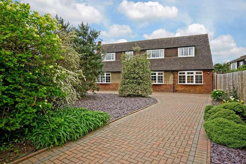 4 Bedrooms Detached House for sale in London Road, Sandy
