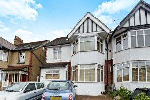 1 Bedroom House for sale in Mayfield Road, Sanderstead, South Croydon, .