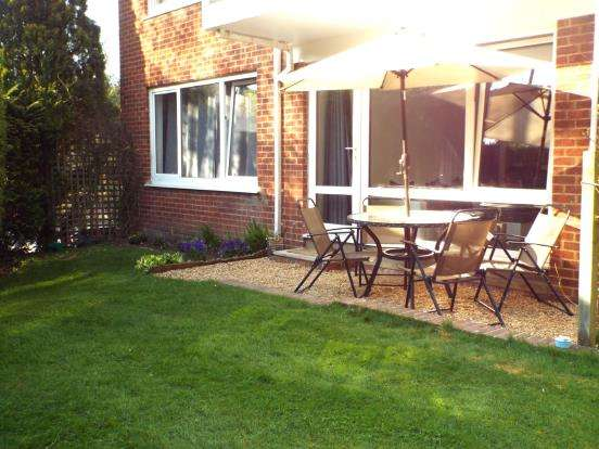 3 Bedrooms Flat for sale in London Road, Ascot, Berkshire