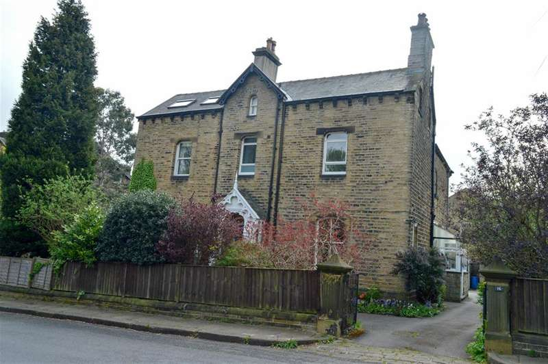 3 Bedrooms Unique Property for sale in Imperial Road, Edgerton, Huddersfield, HD3 3AF