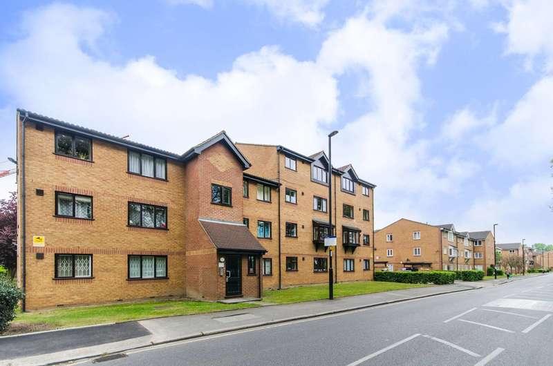 Studio Flat for sale in Grinstead Road, Deptford, SE8