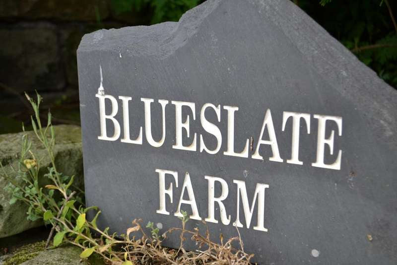 4 Bedrooms Farm House Character Property for sale in Smithy Lane, Foulridge BB9
