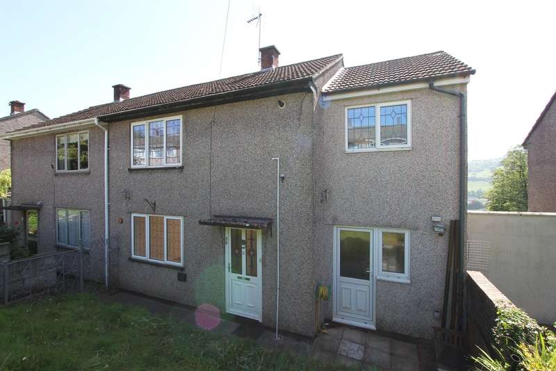 4 Bedrooms Semi Detached House for sale in Sycamore Crescent, Risca, Newport