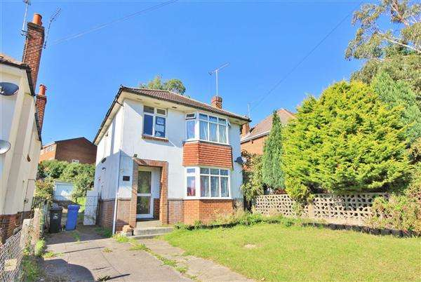 3 Bedrooms Detached House for sale in Southill Road, Poole
