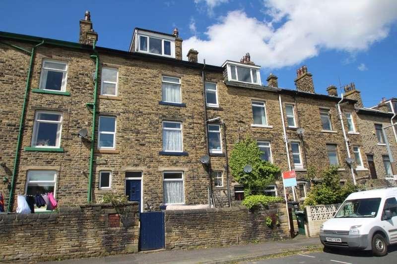 3 Bedrooms Terraced House for sale in ELLIOT STREET, SHIPLEY, BD18 3JG