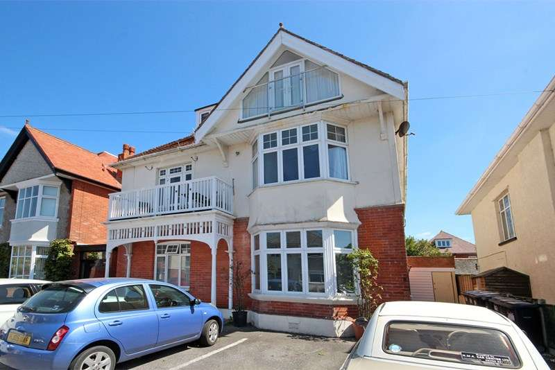 2 Bedrooms Property for sale in Southern Road, Southbourne, Bournemouth