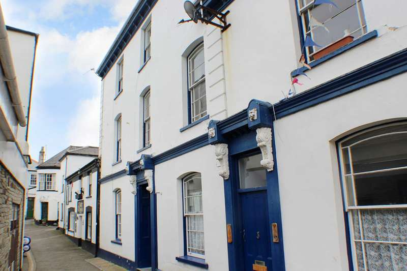 1 Bedroom Studio Flat for sale in Market Street, Appledore