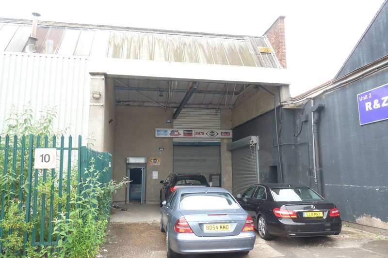 Light Industrial Commercial for rent in EVELYN ROAD