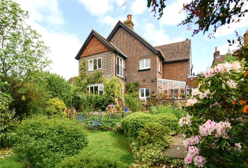3 Bedrooms Semi Detached House for sale in Church Close, Grayswood, Haslemere, Surrey, GU27