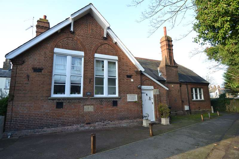 2 Bedrooms Terraced House for sale in Oxford Street, Whitstable