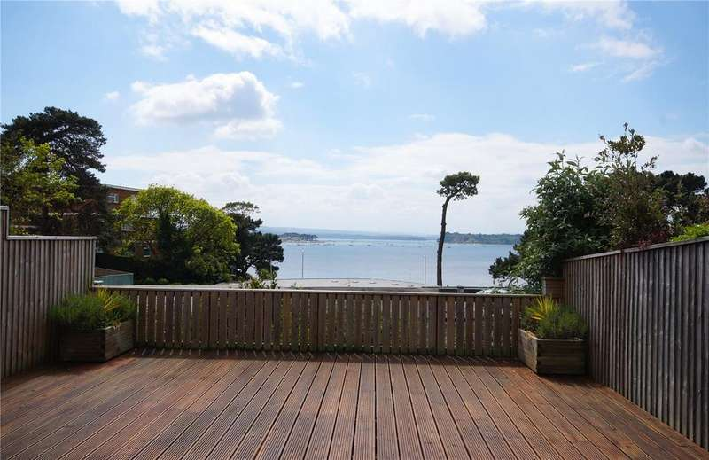 2 Bedrooms Terraced Bungalow for sale in Harbour Close, 77 Haven Road, Sandbanks, Poole, BH13