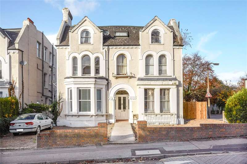 Detached House for sale in Cedar Road, Sutton, Surrey, SM2