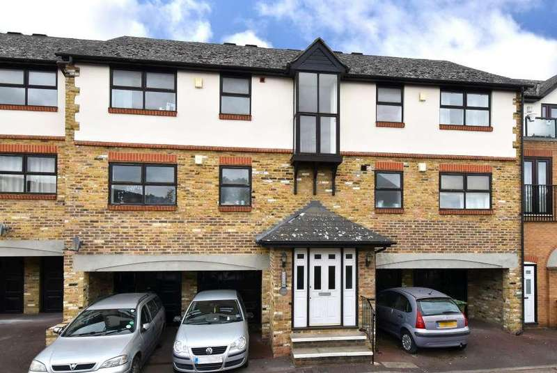 1 Bedroom Flat for sale in Croftongate Way,