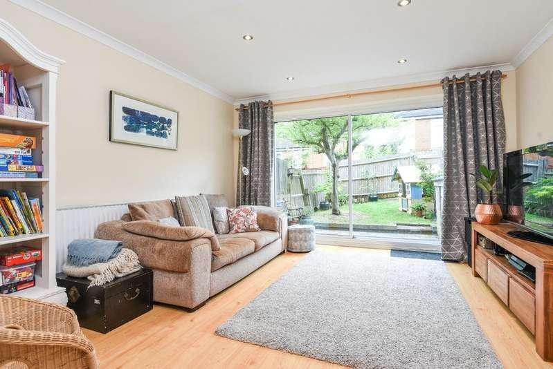 2 Bedrooms Terraced House for sale in Webb Road, Blackheath, SE3