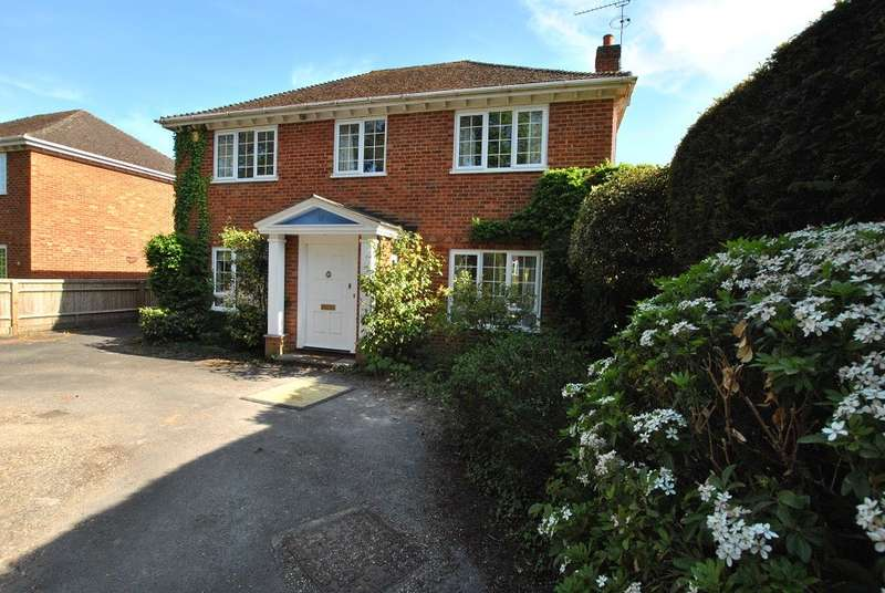 4 Bedrooms Detached House for rent in Caversham