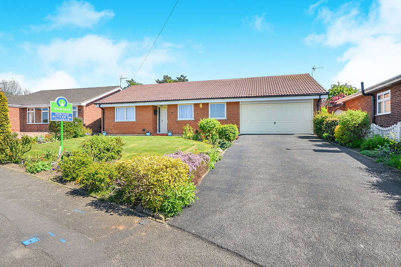 3 Bedrooms Detached Bungalow for sale in Westland Drive, Pinxton, Nottingham, NG16