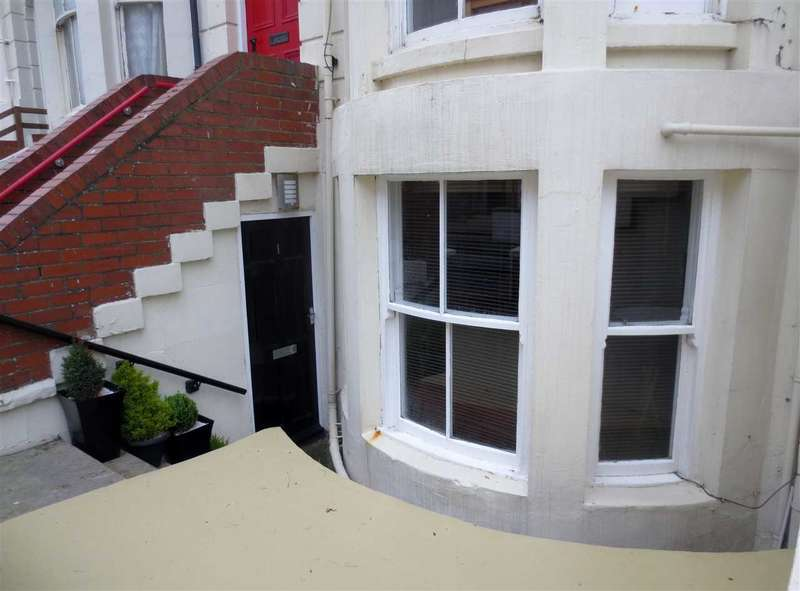 1 Bedroom Apartment Flat for sale in Blenheim Street, Scarborough
