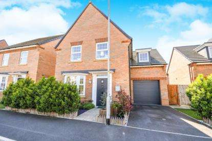 4 Bedrooms Detached House for sale in Newark Drive, Great Sankey, Warrington, Cheshire, WA5