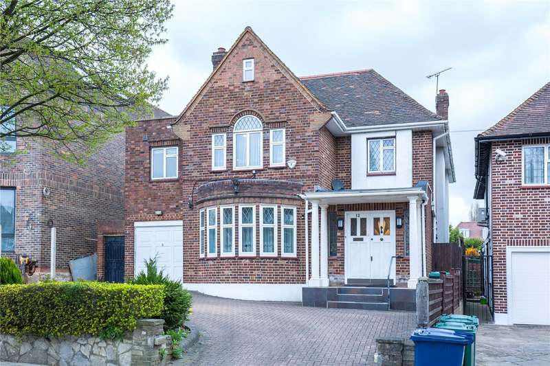 4 Bedrooms Detached House for sale in Chessington Avenue, Finchley, London, N3