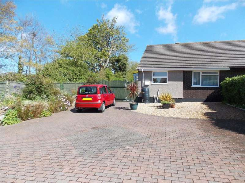 2 Bedrooms Semi Detached Bungalow for sale in Roseland Gardens, Redruth