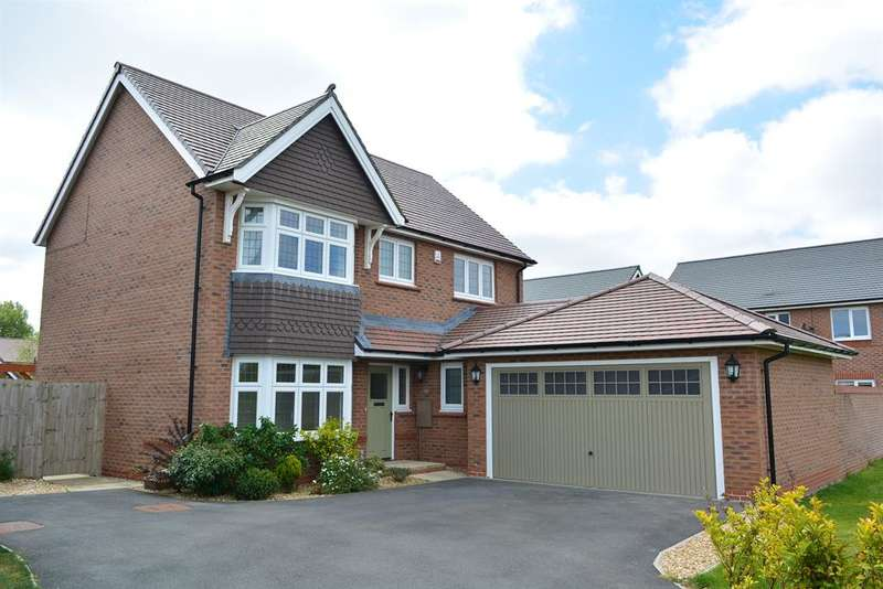 4 Bedrooms Detached House for sale in Holly Wood Way, Blackpool, FY4 5FQ