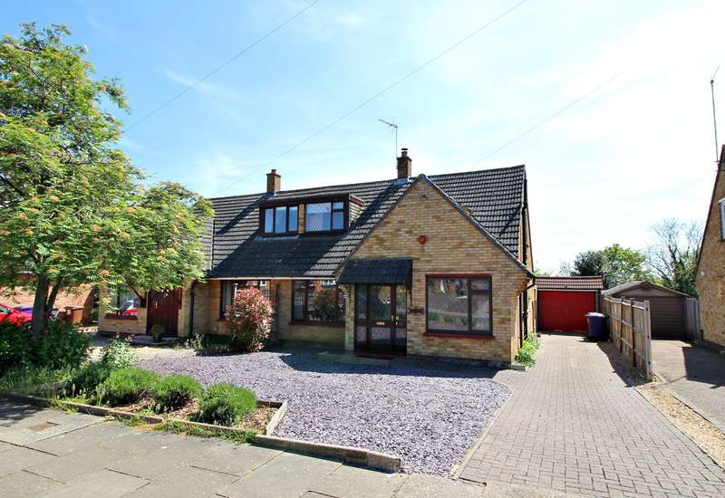3 Bedrooms Semi Detached House for sale in Uplands Avenue, Hitchin, SG4
